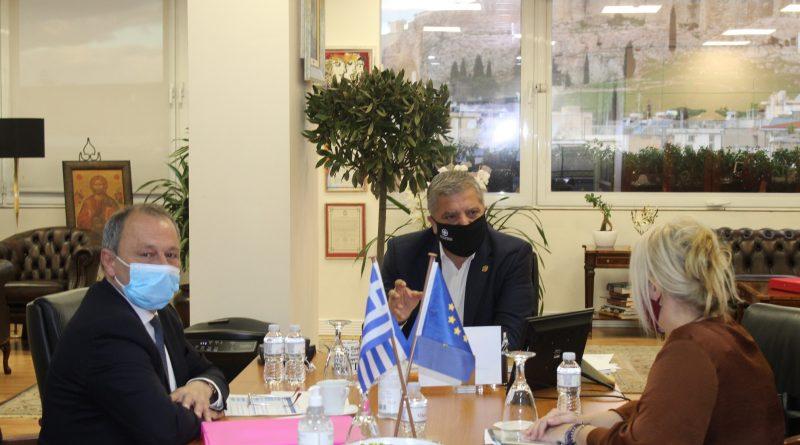 Συνάντηση του Περιφερειάρχη Αττικής Γ. Πατούλη με τον Δήμαρχο Τροιζηνίας – Μεθάνων Σ. Πολλάλη