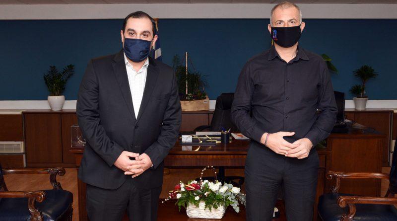 Συνάντηση Μώραλη με τον νέο Υφυπουργό Ναυτιλίας & Νησιωτικής Πολιτικής Κώστα Κατσαφάδο